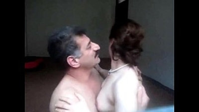 arab  aunty  hubby  indian