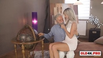 blonde  blowjob  cute  erotica